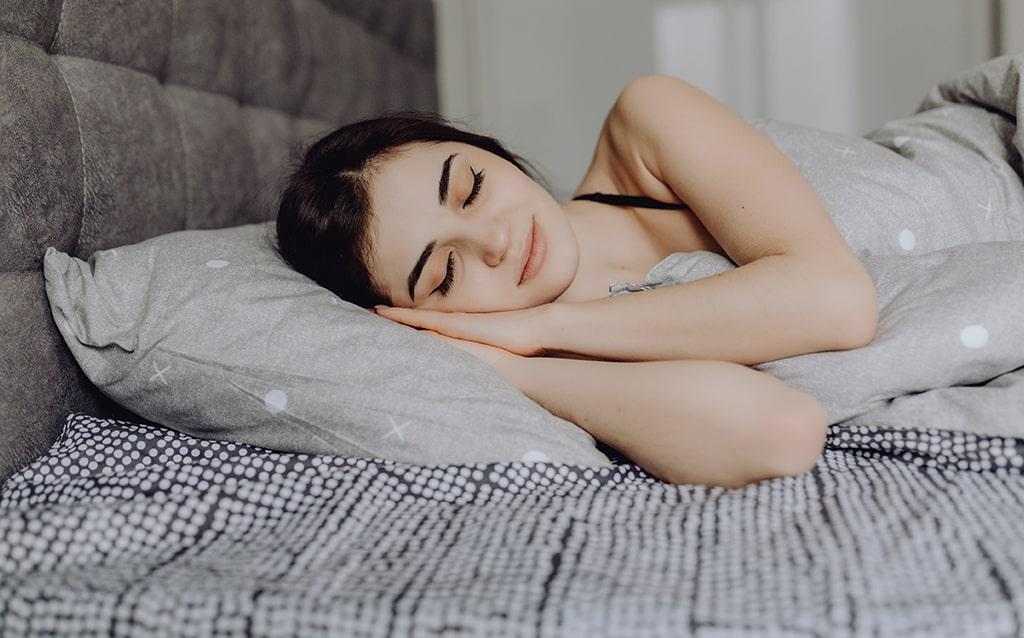 Dormir bien para superar el síndrome postvacacional. ¡Sigue estos consejos!